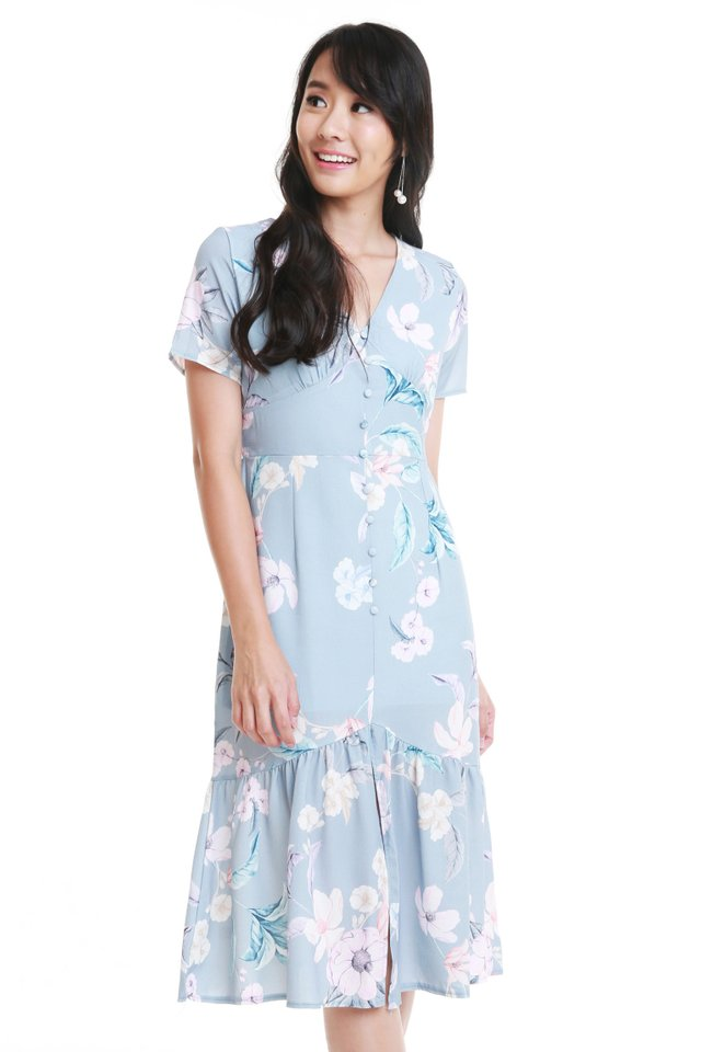 Niara Floral Dress In Sky Blue
