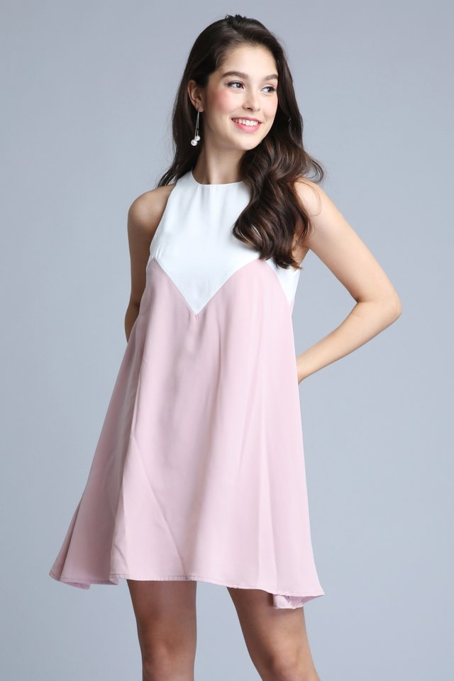Contrast Dress in Pink