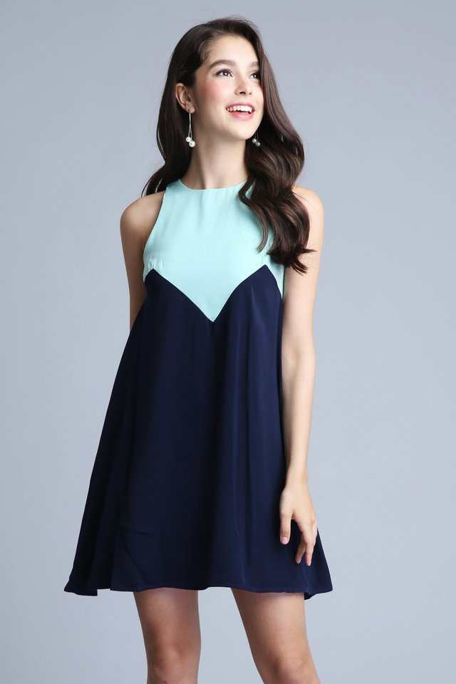 Contrast Dress in Navy