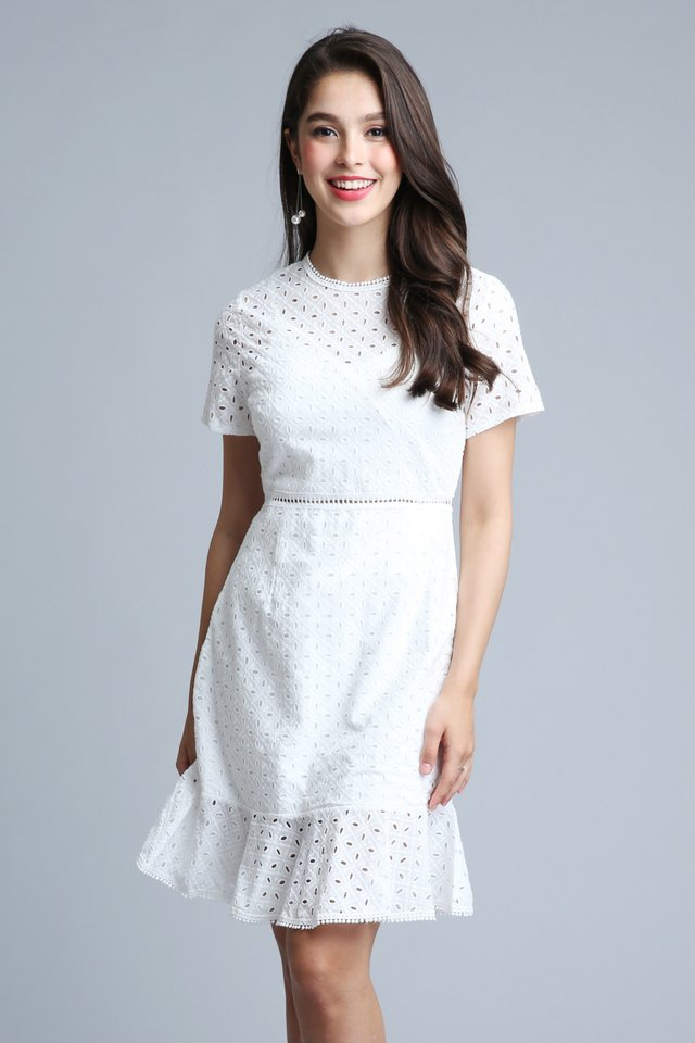 Flaunc Mermaid Dress in White